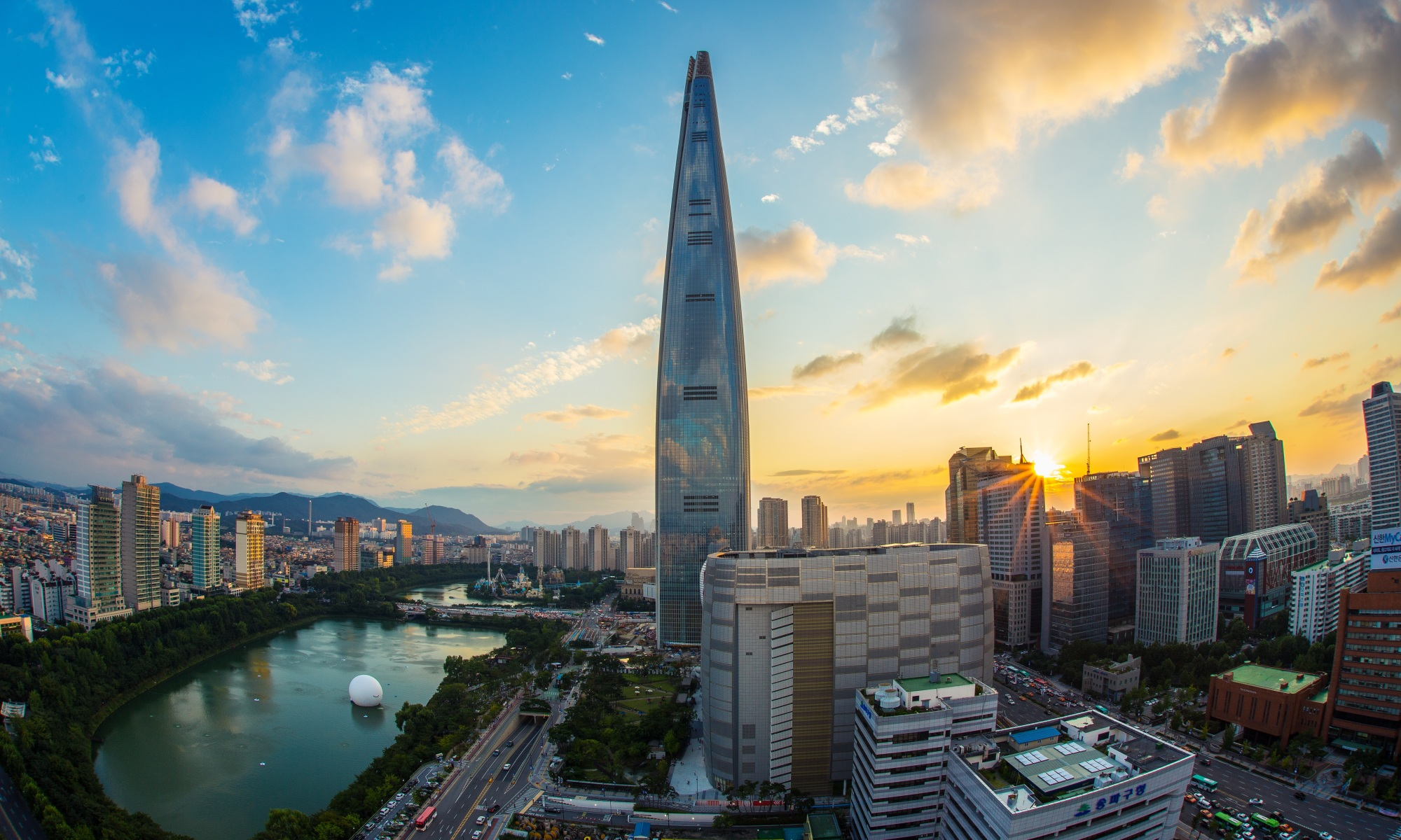 Seoul, South Korea. Lotte World Tower. Pexels.